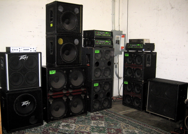 Trace Elliot, Marshall, Warwick, Peavey... all sizes! - Bass Cab Blowout!